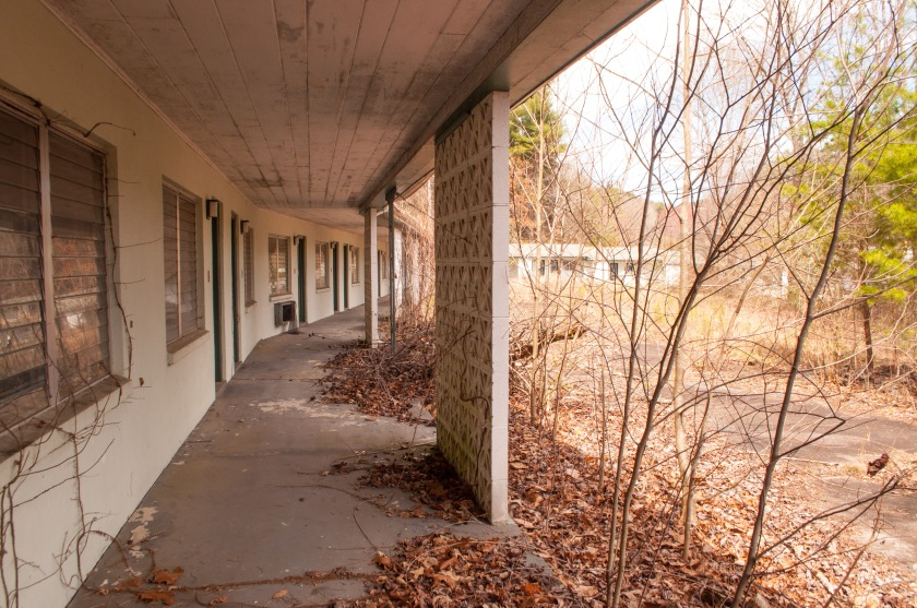 The Warrior Motel is one of the abandoned motor courts around Bryson City and Cherokee, NC.  Now, a local shop owner has purchased the property and operates out of the front of the motel.